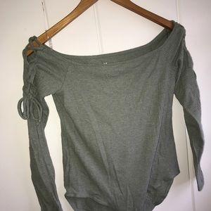 AMERICAN EAGLE off the shoulder body suit